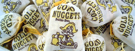 GOLD NUGGETS BUBBLEGUM,gelatine-free gelatin free gold nuggets bubblegum gold rush gold nugget  gold nougat nugget nuget Chewy   Soft  Penny   Fun  Gum  Bubblegum  Nostalgic  1970 Chewy & Soft  Penny & Fun  box boxes,retro sweets,retro sweetshops,liquorice sweets,toffees,toffee sweets,boiled sweets
