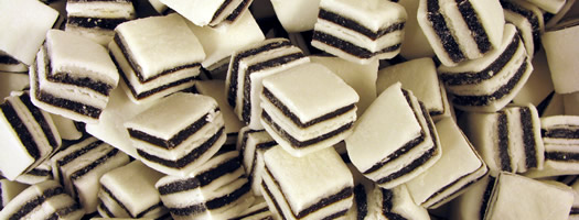 Taveners Black and White Mints
