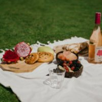 BEST SWEETS TO TAKE ON A PICNIC
